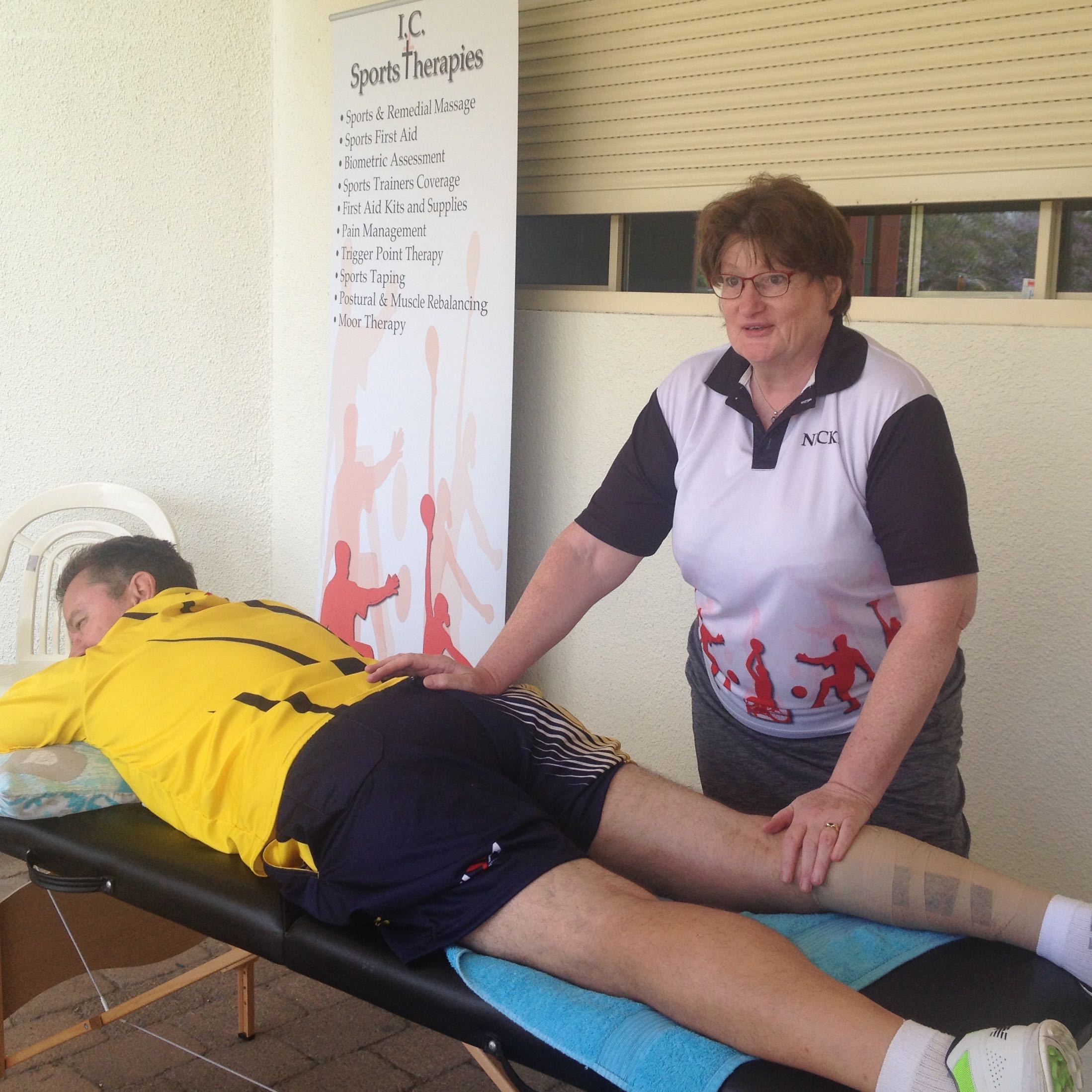 Nicki Cooke treating South African cricket team member